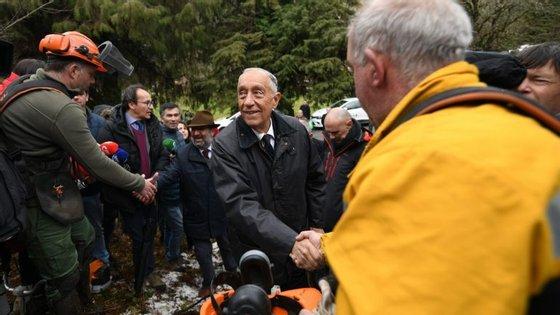 Tanto Marcelo como o primeiro-ministro participam este sábado em várias iniciativas de limpeza de mato