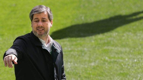 Bruno de Carvalho não gostou do que viu em Madrid mas ainda acredita que é possível dar a volta em Alvalade