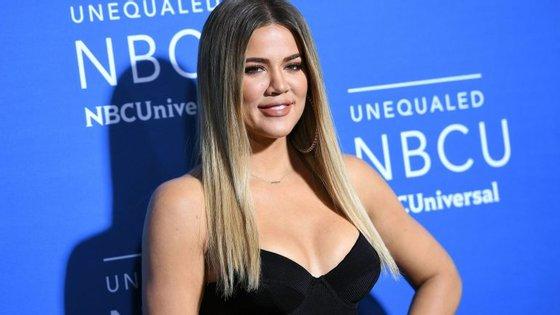 Grávida, Khloé Kardashian foi traída pelo namorado, o jogador da NBA Tristan Thompson.