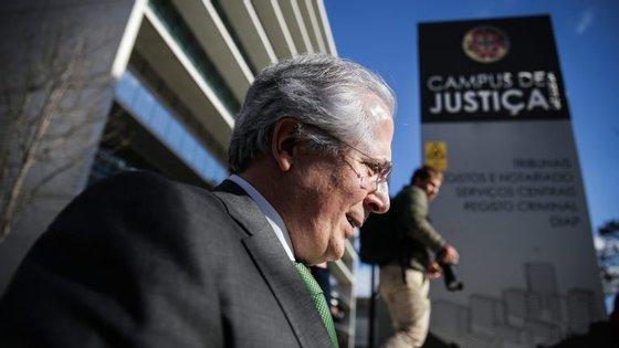 O procurador Orlando Figueira é acusado de ter sido corrompido por Manuel Vicente para arquivar processos