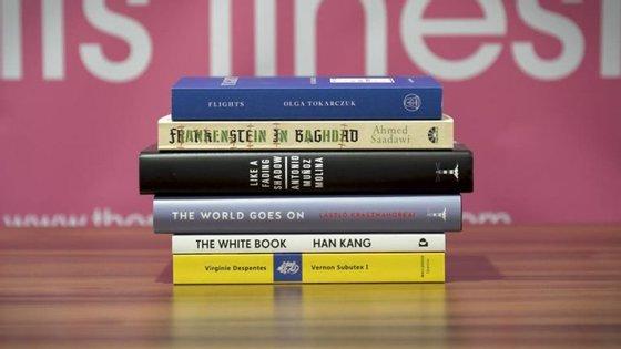 """A """"shortlist"""" deste ano volta a incluir um romance da sul-corena Han Kang, vencedora do mesmo prémio em 2016"""