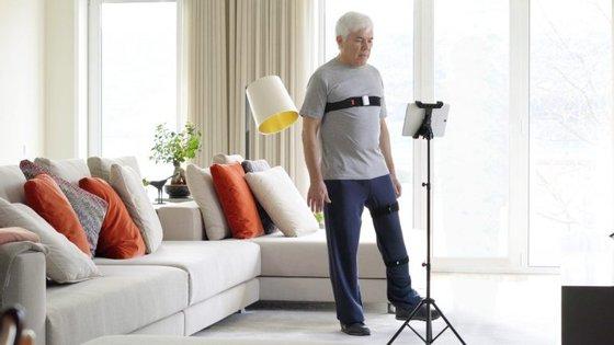 O Sword Phoenix é o primeiro terapeuta digital, que recorre a sensores de movimento e a sistemas de inteligência artificial