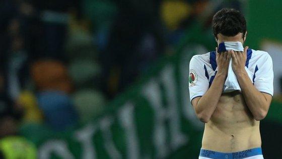 Marcano falhou o penálti que ditou o afastamento do FC Porto, logo na primeira tentativa do desempate