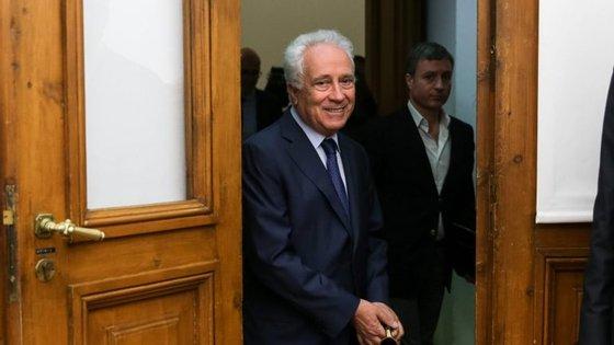 Carlos Costa é o governador do Banco de Portugal