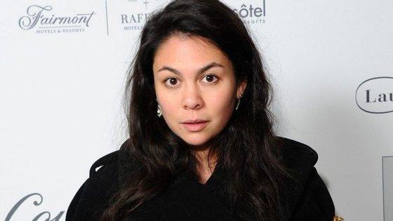 Simone Rocha fez das silhuetas femininas, dos bordados e dos tecidos ricos as suas imagens de marca. O Observador entrevistou a designer britânica.
