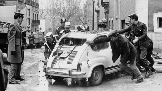 O então primeiro-ministro espanhol Luis Carrero Blanco foi assassinado pela ETA num atentado bombista em 1973