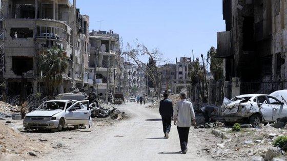 O ataque de 7 de abril causoumais de 40 mortes em Douma