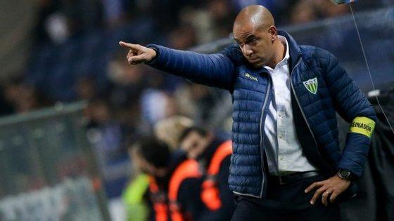 O treinador do Tondela apresentou lista de jogadores para encontro com Desportivo das Aves sem grandes novidades