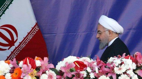 O Irão vai retomar o enriquecimento de urânio, se os Estados Unidos abandonarem acordo