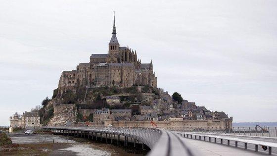Monumento de Saint-Michel evacuado esta manhã