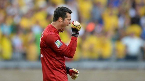 O jogo de despedida foi contra oAmérica-MG e Júlio César terminou a última partida da carreira sem golos sofridos