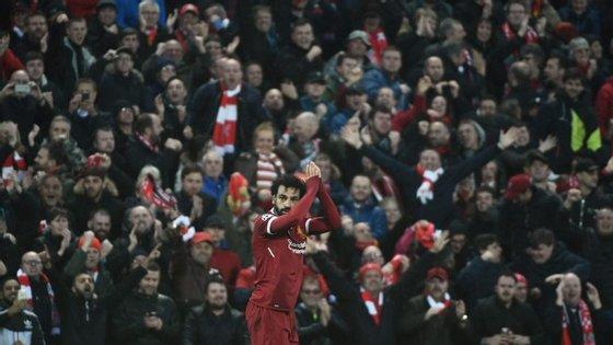 Mohamed Salah voltou a ser ovacionado em Anfield após mais uma noite de sonho na Liga dos Campeões