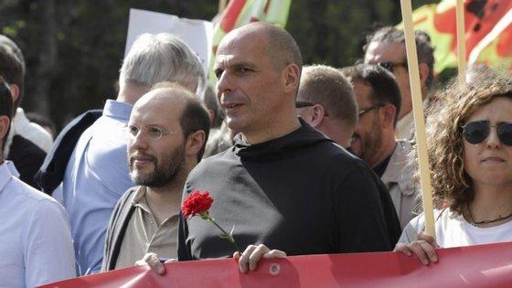 Yanis Varoufakis participou nas celebrações do 25 de abril em Lisboa