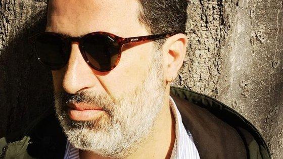 João Pedro George, nasceu em Moçambique e tem 45 anos