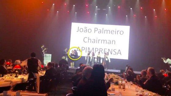 Frame do vídeo do momento em que João Palmeiro é acusado de machismo