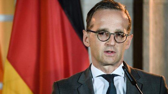 O titular dos Negócios Estrangeiros, do Partido Social Democrata (SPD) e está no cargo desde março