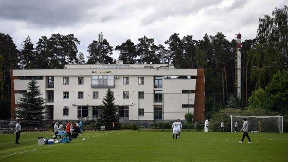 Irão está concentrado na Academia de Lokomotiv dos portugueses Manuel Fernandes e Éder