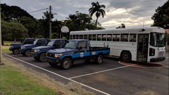 Veículos doados pelos EUA à Nicarágua (imagem retirada do Twitter oficial da embaixadora Laura Dogu)