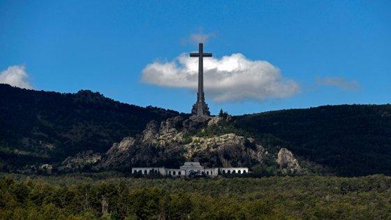 Os cadáveres de 37 mil vítimas da Guerra Civil espanhola estão enterrados Vale dos Caídos, construído para os homenagear