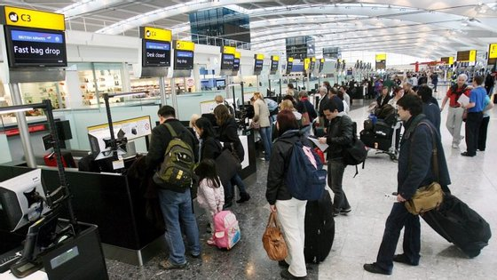 Com cerca de 76 voos por hora, Heathrow é o aeroporto da Europa com maior volume de passageiros