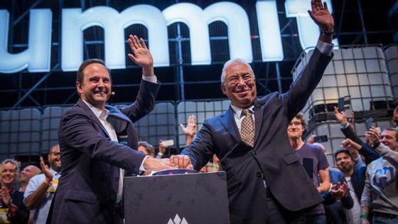 Fernando Medina e António Costa a darem início à edição da Web Summite me 2017