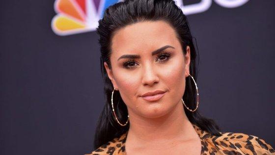 """A cantora de 25 anos começou a carreira no filme """"Camp Rock"""", da Disney"""