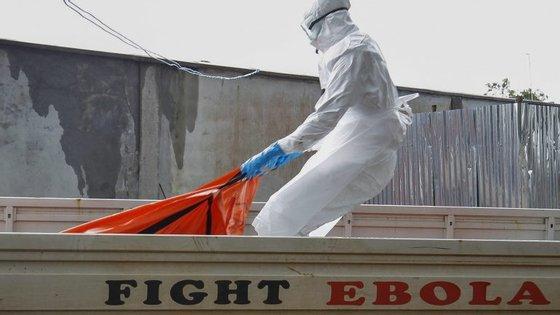 Entre 2014 e 2016, o Ébola matou cerca de 11 mil pessoas.