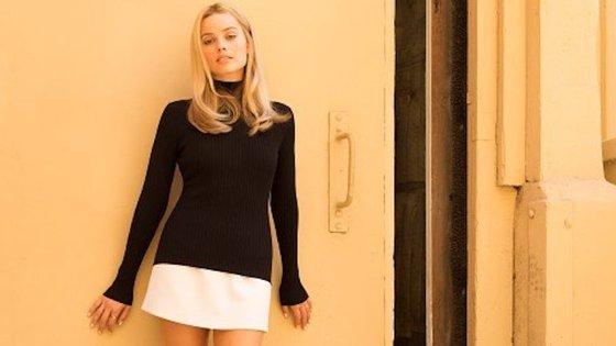Margot Robbie interpreta Sharon Tate e esta é a primeira imagem revelada