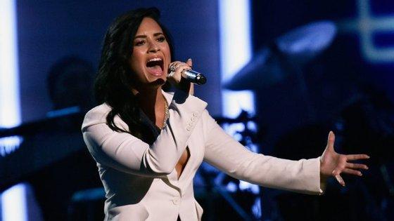 A cantora de 25 anos deu entrada no hospital a 24 de julho devido a uma overdose.