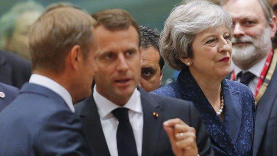 A proposta deve ser apresentada a Theresa May numa cimeira em Salzburgo, no próximo mês