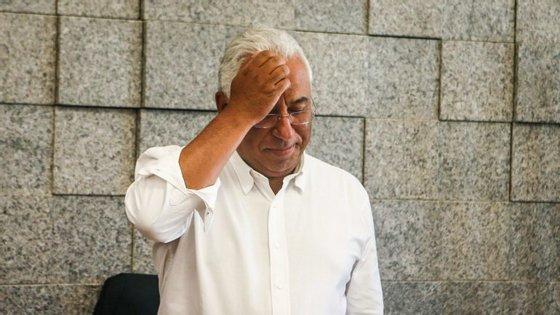 António Costa falou em conferência de imprensa para os autarcas dos concelhos afetados pelo incêndio no Algarve