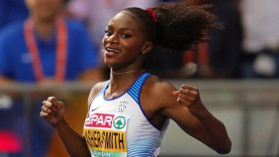 Aos 22 anos, Dina Asher-Smith já tem uma página de história no atletismo britânico e mundial (Créditos: Getty Images)