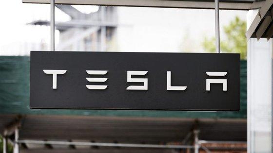 Depois de ter sido noticiado o início desta investigação, as ações da gigante automóvel chegaram a desvalorizar 4,5%