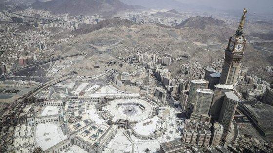 A peregrinação a Meca antecede a Festa do Sacrifício, ou 'Tabaski', uma reunião de família durante a qual é sacrificado um cordeiro