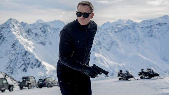 Daniel Craig é, pelo menos por enquanto, o ator confirmado para interpretar o papel de James Bond no próximo filme da saga
