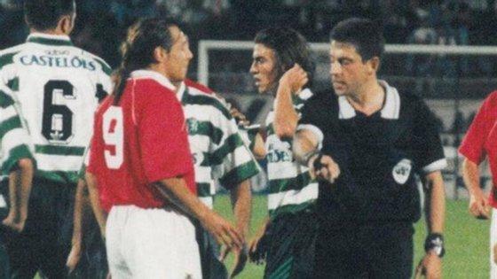 Jorge Coroado expulsou Claudio Caniggia e deu origem a um dos episódios mais insólitos da história do futebol em 1995