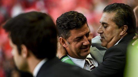 Rui Vitória e José Peseiro deram também um sinal do fair-play que imperou antes e depois do dérbi na Luz