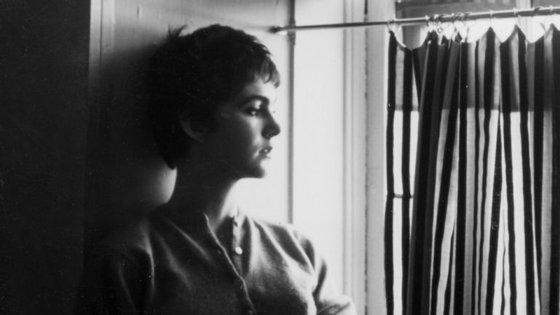Lucia Berlin morreu em 2004 sem se afirmar com um nome importante da literatura norte-americana, o que só veio a acontecer muito depois