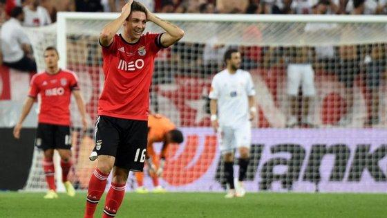 Siqueira conquistou três títulos e marcou um golo em 33 encontros pelo Benfica (Créditos: Getty Images)