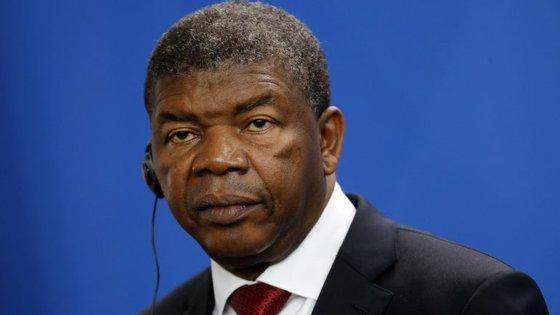 A comitiva é liderada pelo Presidente de Angola, João Lourenço