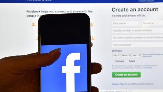 O problema afectou o Facebook e outras redes sociais da empresa, como o Instagram
