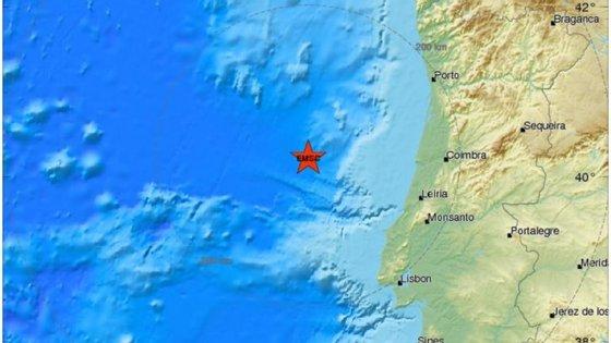 O sismo de magnitude 4.6 teve epicentro a 139 quilómetros a noroeste de Peniche. (imagem retirada do site da EMSC)