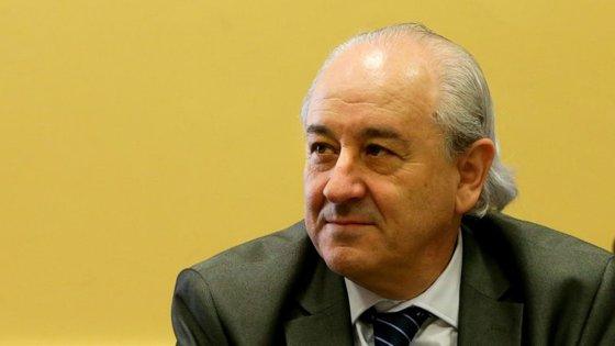 """O presidente do PSD sublinhou que há um """"problema estrutural"""" no país: """"Ao longo dos anos cometemos imensos erros, concentrámos e centralizámos praticamente tudo em Lisboa"""""""