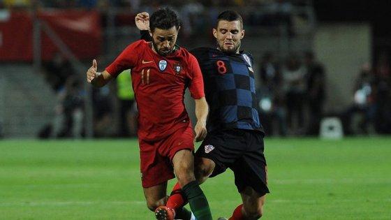 Bernardo Silva foi o melhor em campo com a bola nos pés, liderando o jogo português na primeira parte