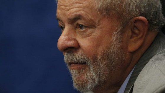 O ex-presidente brasileiro foi condenado a 12 anos e um mês de prisão