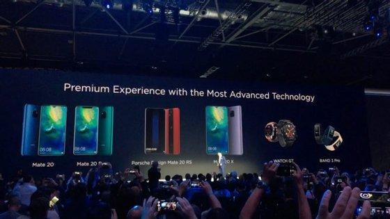 A Huawei apresentou em março deste ano a gama de smartphones P20. Agora apresentou a gama Mate, os topo de gama da marca
