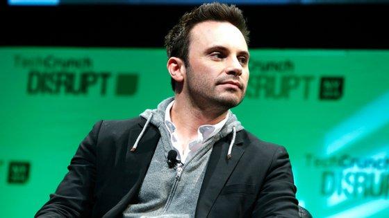 Brendan Iribe juntou-se em 2012 com  Palmer Luckey para lançar a primeira versão dos Oculus Rift que vieram a revolucionar o mercado de realidade virtual