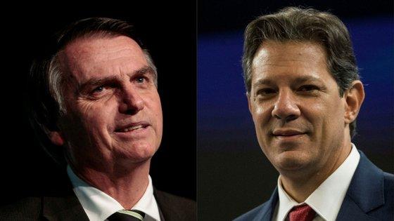 Jair Bolsonaro (à esquerda na foto) mantém uma taxa de rejeição inferior à de Fernando Haddad nas duas sondagens