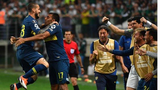 Benedetto voltou a ser decisivo saindo do banco e foi lá que festejou o 2-2 com Ábila, que tinha inaugurado o marcador