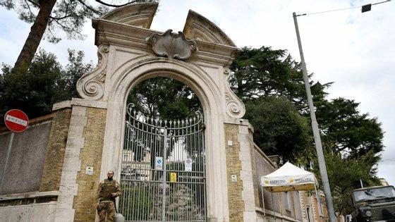 As ossadas foram descobertas na Embaixada da Santa Sé em Roma, que está em obras